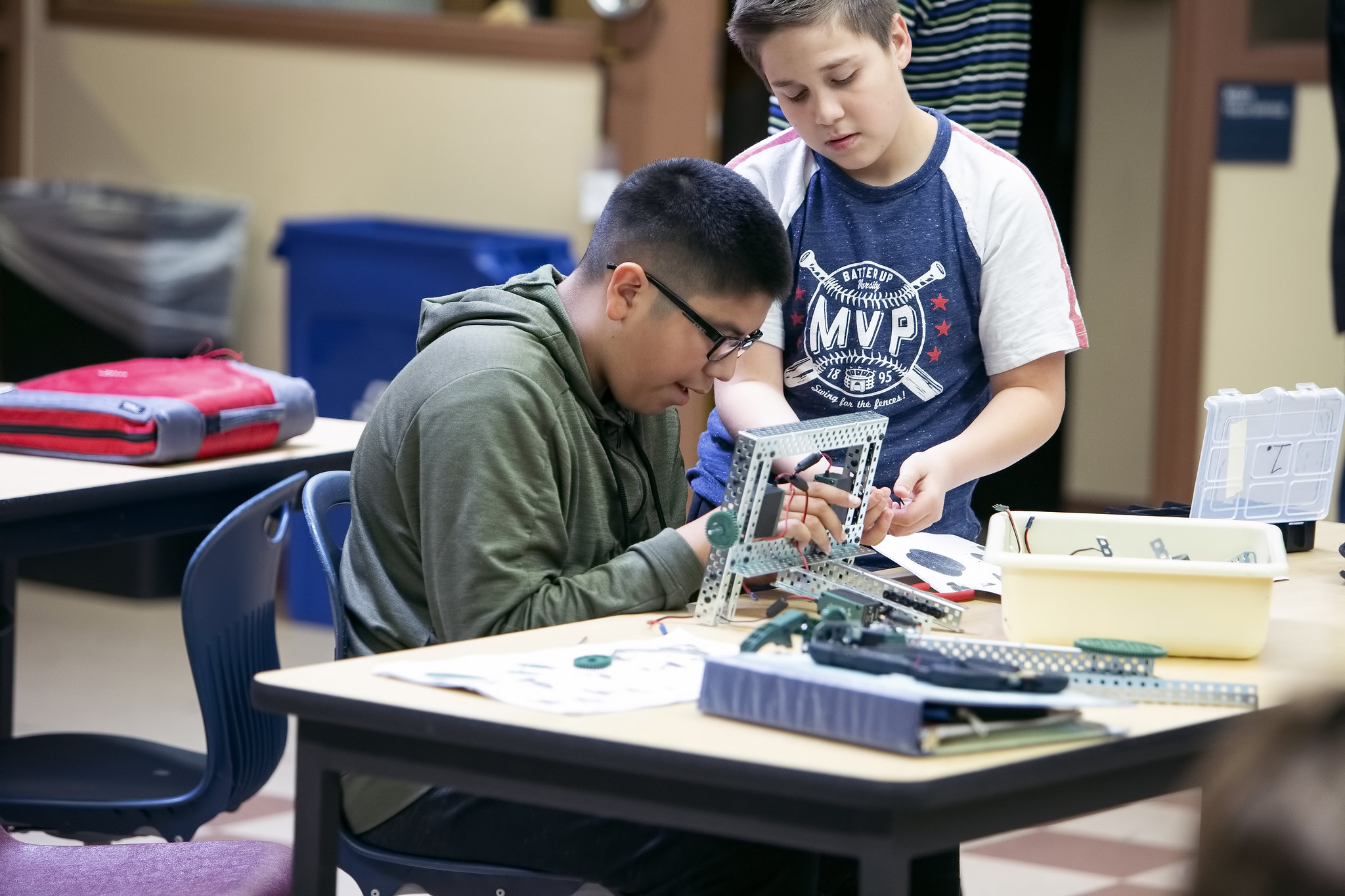 students working on a STEM project
